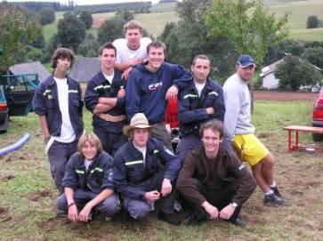 Fotografie týmu ze soutěže na Vidochovském pouťovém šplouchu