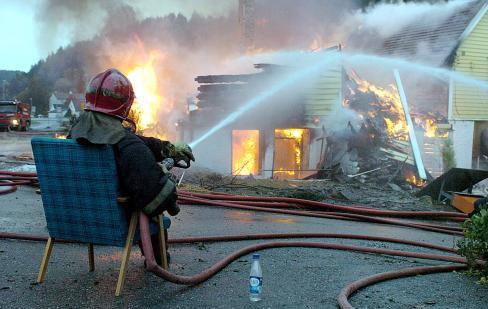 Sedící hasič